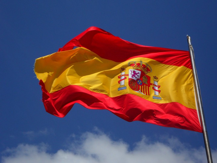 spain-flag-flutter-spanish-54097
